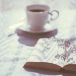Bodegones literarios: la magia que desprenden las fotografías de libros